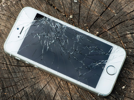 the latest 262c6 73e8b Recover Data from iPhone with Broken/Cracked/Dead Screen