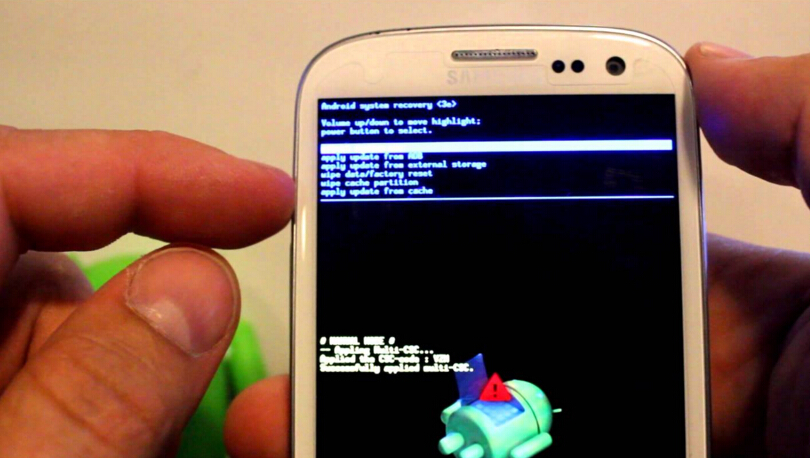 Deleting Miscellaneous Files On Galaxy S5 How to Wipe All ...